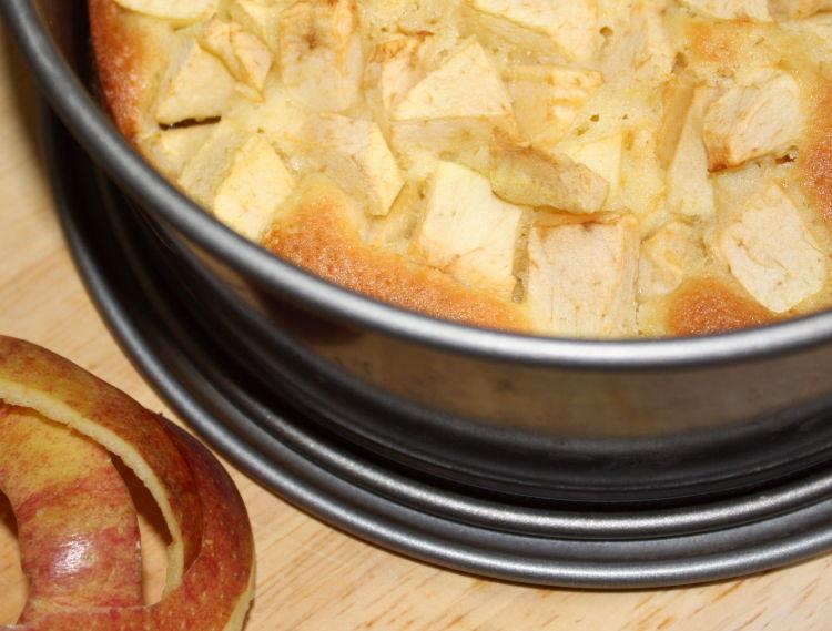 apfelkuchen-aus-ruehrteig-rezeptbild1
