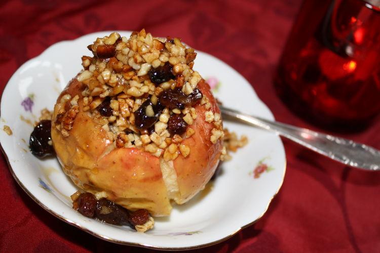 bratapfel-mit-mandeln-rosinen-rezeptbild5