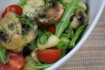 Gnocchi mit Pilz-Rucola-Butter