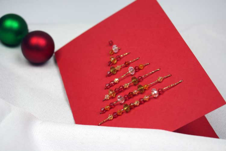 karte-mit-weihnachtsbaum-aus-perlen1