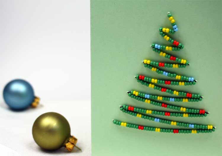karte-mit-weihnachtsbaum-aus-perlen2