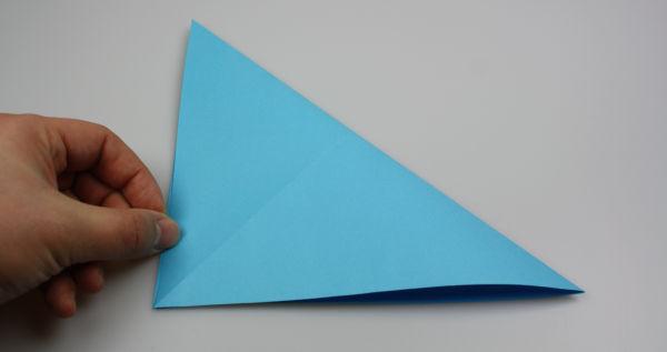 origami schmetterling anleitung raum und m beldesign inspiration. Black Bedroom Furniture Sets. Home Design Ideas