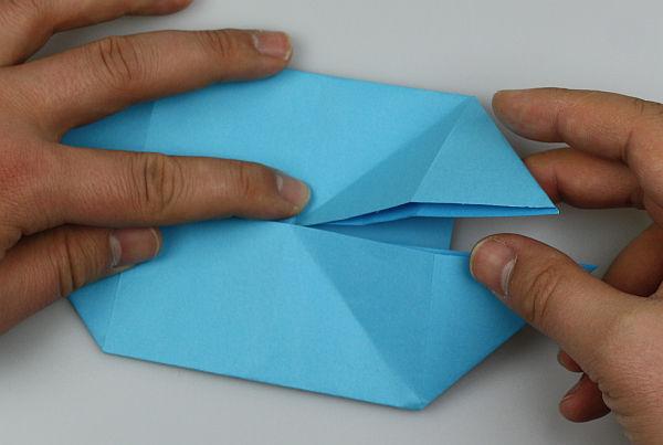 origami-schmetterling-falten-schritt-18