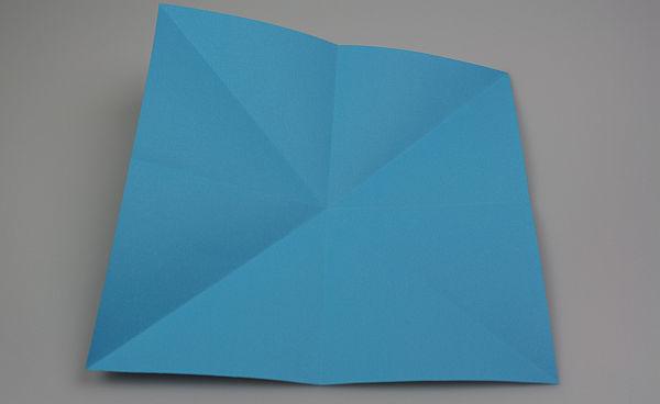 origami-schmetterling-falten-schritt-3