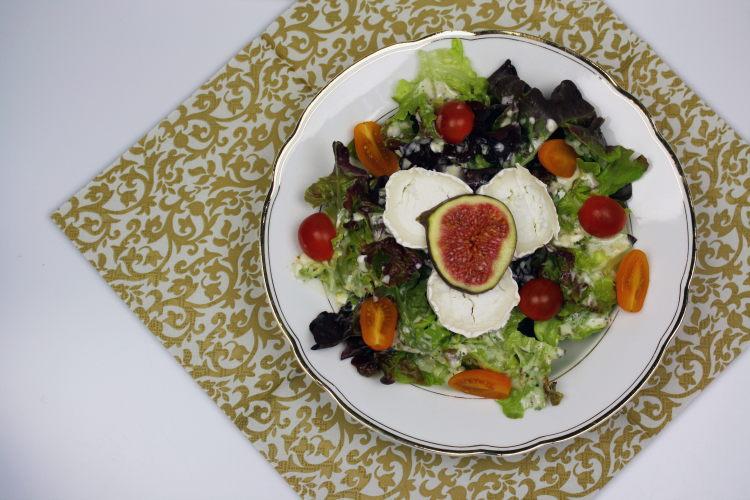 salat-mit-ziegenkaese-und-feigen-1