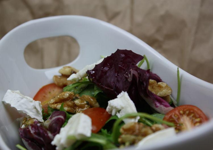 salat-mit-ziegenkaese-und-walnuessen-rezeptbild3